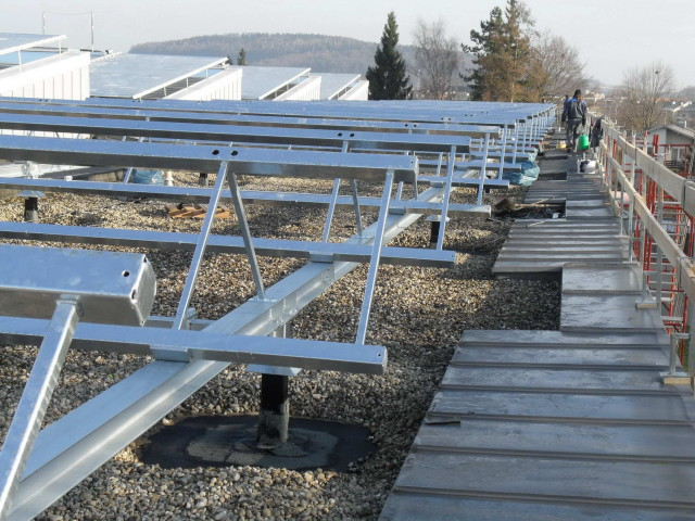Bezirksaltenheim Attnang Solaranlage